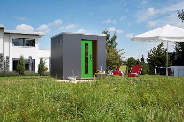 design in klein greenhome. Black Bedroom Furniture Sets. Home Design Ideas